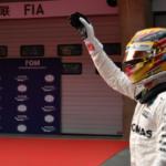 V Číně odstartuje z pole position Lewis Hamilton