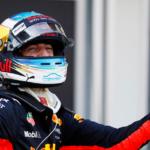 Dramatický přerušovaný závod v Baku vyhrál nečekaně Ricciardo