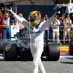 Závod na rychlé Monze vyhrál Lewis Hamilton z Mercedesu