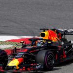 Strategickou bitvu v Šanghaji vyhrál Daniel Ricciardo